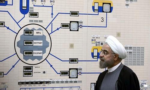 Tổng thống Iran Hassan Rouhani tại nhà máy điện Bushehr, phía nam nước này. Ảnh: AP.