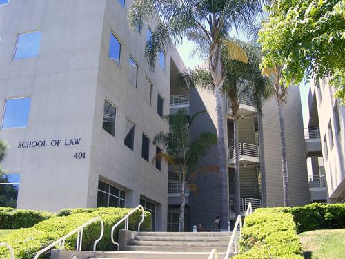 University of Law thành lập vào năm 1962.