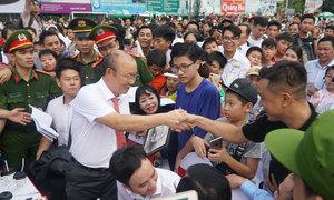 HLV Park Hang-seo giao lưu với người hâm mộ ở Quảng Ngãi