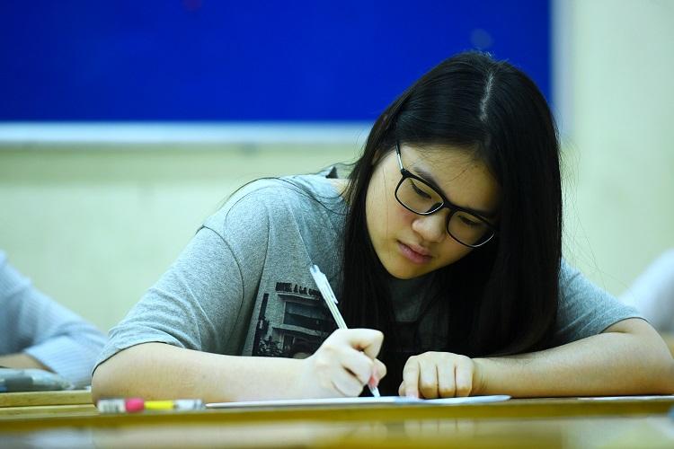 Thí sinh dự thi vào lớp 10 tại Hà Nội năm 2019. Ảnh: Giang Huy