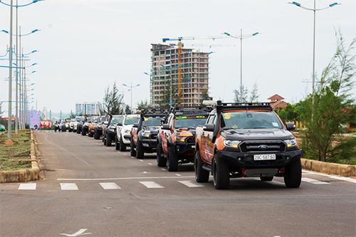 Có thể nói, ngày hội Bán tải 3 miền 2019 là năm quy tụ được nhiều thành viên tham gia nhất từ trước đến nay với gần 300 xe ô tô và 800 người của các câu lạc bộ xe danh tiếng như PVC (Pickup Vietnam Club), PNF (Pickup and Friends) và PDC (Pickup Danann Club). Đồng hành cùng những người mê bán tải còn là đoàn kỹ thuật viên của Ford Việt Nam sẵn sàng cho công tác hậu cần. Điều này cho thấy Bán Tải 3 Miền đã thực sự trở thành một sân chơi chuẩn mực của cộng đồng những người đam mê dòng xe bán tải.