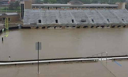 Sân vận động Waldo trong khuôn viên đại học Western Michigan. Ảnh: Facebook.
