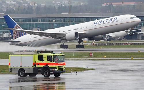 Một máy bay của hãngUnited Airlines. Ảnh: Reuters.