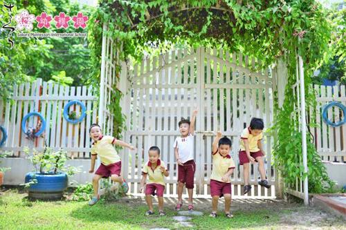 Những thế hệ học sinh Sakura Montessori Hải Phòng luôn tràn đầy năng lượng và niềm vui