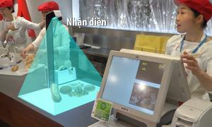 Máy nhận diện và tính tiền hàng hóa trong một giây ở Nhật Bản