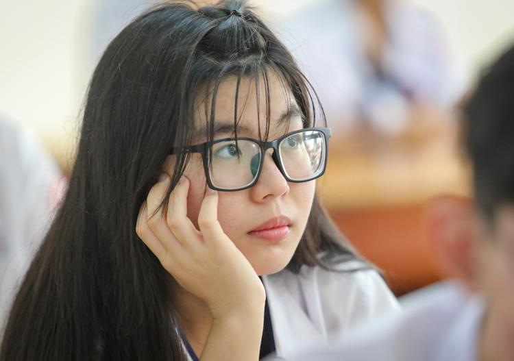 Thí sinh thi THPT quốc gia ở TP HCM. Ảnh: Thành Nguyễn.