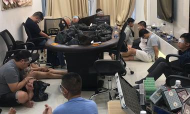Cảnh sát triệt phá sòng poker trong chung cư cao cấp ở Sài Gòn