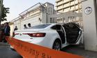 Xe chở 28 bình nhiên liệu lao vào đại sứ quán Mỹ tại Hàn Quốc