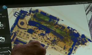 Máy soi hành lý 3D trong sân bay ở Mỹ