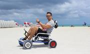 Ghế gắn bánh xe có thể chạy trên nhiều địa hình