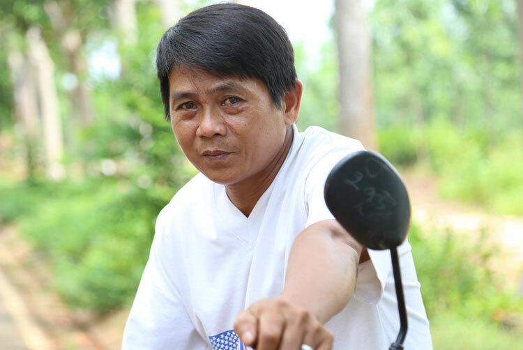 Phụ huynh Thanh Tâm (ngụ huyện Thống Nhất, Đồng Nai). Ảnh: Phước Tuấn.