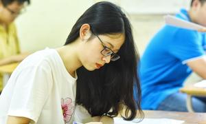 Thí sinh làm bài thi tổ hợp Khoa học xã hội