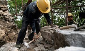 Trung Quốc tận dụng gạch cũ để sửa Vạn Lý Trường Thành