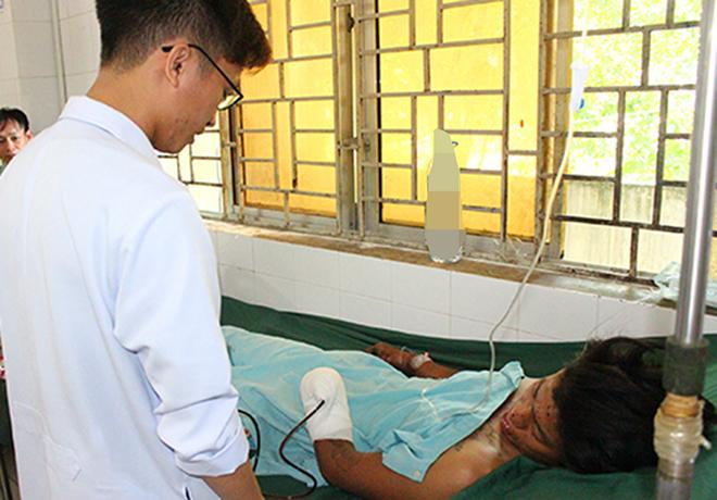 Nam bệnh nhân điều trị tại Bệnh viện Đa khoa Thống Nhất. Ảnh: Thái Hà