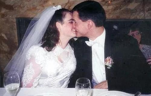 Amy và Stephen.