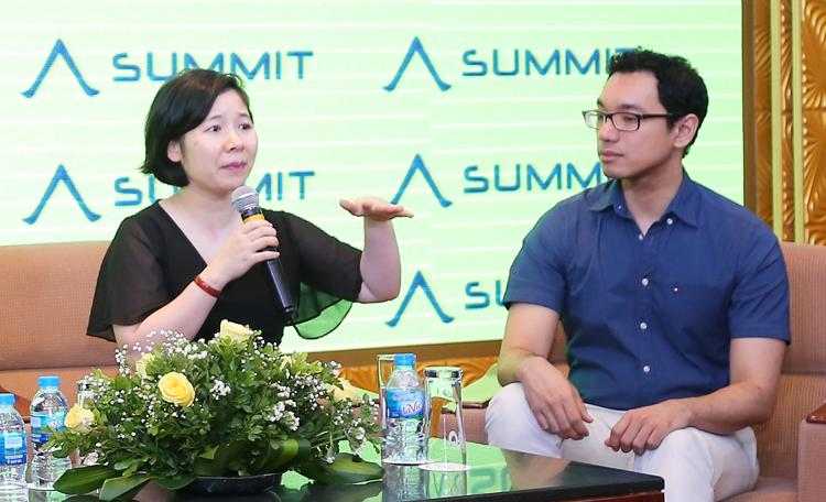 Bà Trần Phương Hoa và ông Myo Min chia sẻ cách săn học bổng Mỹ.
