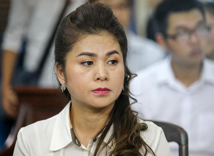 Bà Thảo trong lần ra tòa ly hôn ông Vũ hồi tháng 3. Ảnh: Thành Nguyễn.