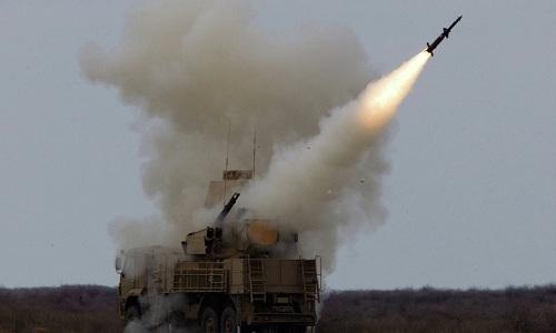 Tổ hợp Pantsir-S1 Nga trong một lần khai hỏa. Ảnh: Sputnik.