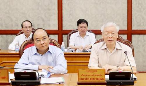 Tổng Bí thư, Chủ tịch nước Nguyễn Phú Trọng và Thủ tướng Nguyễn Xuân Phúc tại cuộc họp. Ảnh: TTXVN