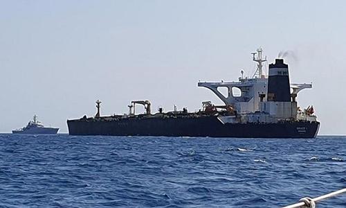 Tàu chở dầu MT Grace 1 của Iran gần Gibraltar. Ảnh: Reuters.