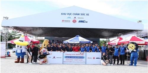 1. Hình ảnh các hãng IRC, NGK và Idemitsu trong buổi khai mạc tại Hải Dương