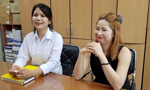 Han Sarang (trái) và Min Soo-kyung tại Haenam năm 2018. Ảnh: Nikkei.