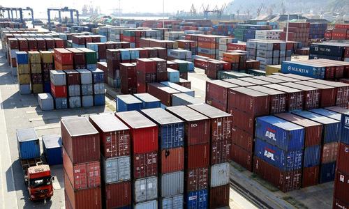 Các lô hàng tại thành phố Liên Vân Cảng, tỉnh Giang Tô, Trung Quốc hồi tháng 9/2018. Ảnh: Reuters.