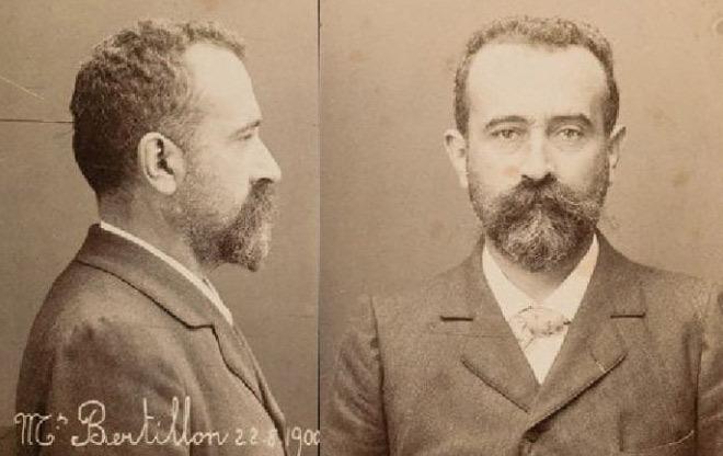 Alphonse Bertillon, ông tổ của ảnh chân dung tội phạm.