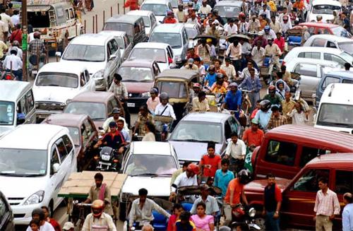 Dữ liệu đăng ký xe và giấy phép lái xe của công dân Ấn Độ được chính phủ nước này bán lấy tiền.