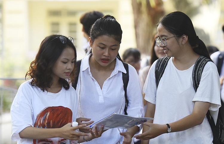 Thí sinh dự thi THPT quốc gia năm 2019 tại Hà Nội. Ảnh: Giang Huy