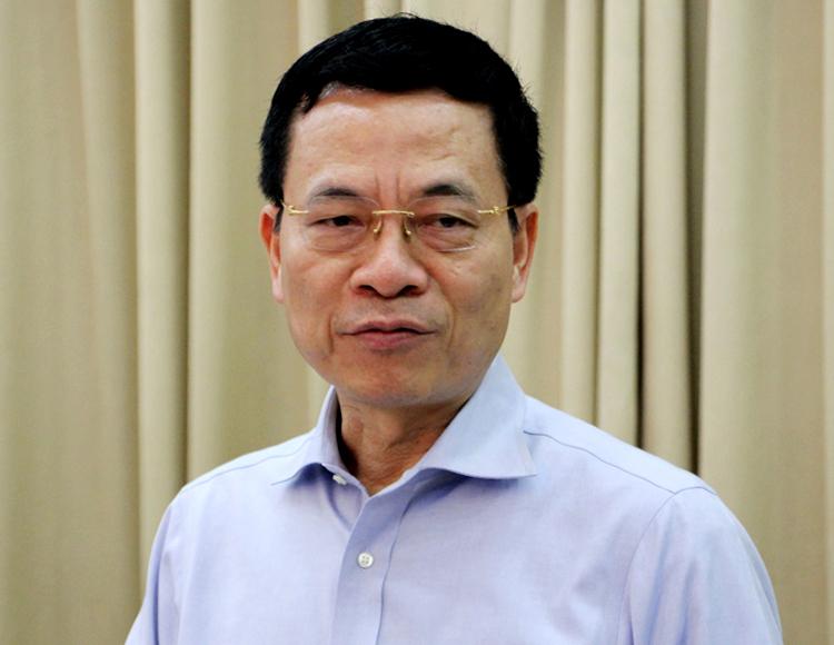 Ông Nguyễn Mạnh Hùng tại hội nghị hôm nay. Ảnh: Trung Sơn.
