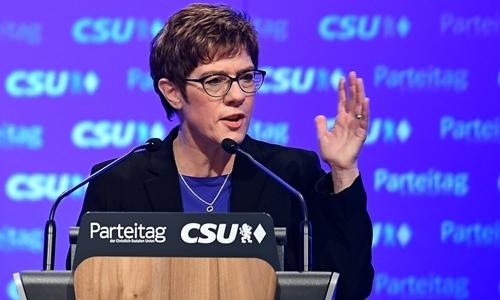 Annegret Kramp-Karrenbauer tại Đức hồi tháng một. Ảnh: Reuters.