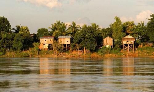 Đoạn sông Mekong chảy qua Kratie, Campuchia. Ảnh: Cambodia Daily.