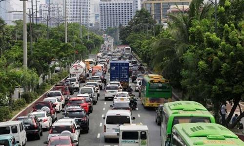 Cảnh tắc nghẽn trên đường phố của thủ đô Manila, Philippines, hồi năm 2016. Ảnh: Reuters.