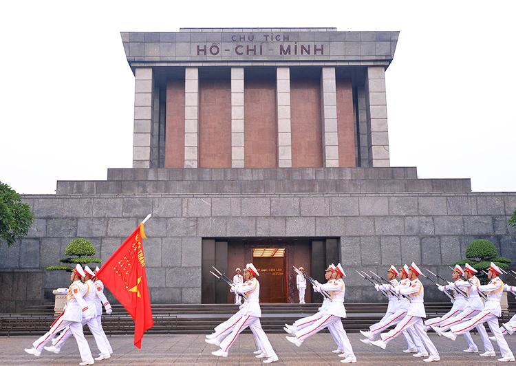 Lăng Chủ tịch Hồ Chí Minh. Ảnh: Giang Huy