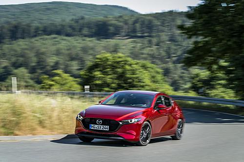 Mazda3 2020 trình làng tại châu Âu.