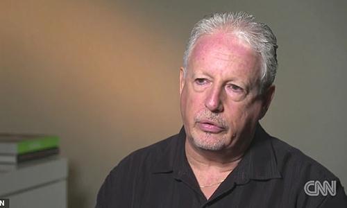 Thám tử Michael Fisten trong buổi trả lời phỏng vấn với CNN. Ảnh: CNN.