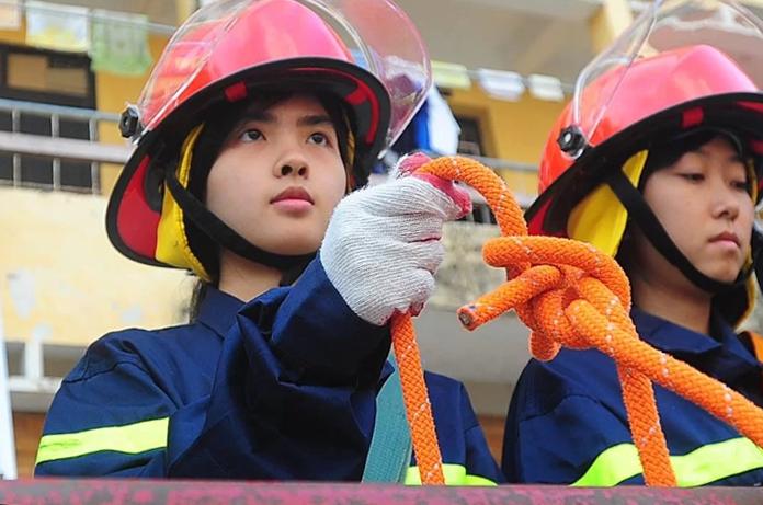 Sinh viênĐại học Phòng cháy chữa cháy trong một tiết học. Ảnh: Giang Huy