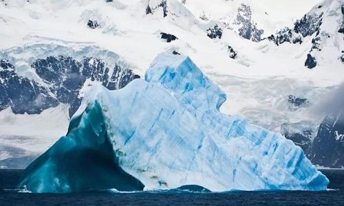 Thềm băng ở Nam Cực tan chảy ngày càng nhanh. Ảnh: Cnet.