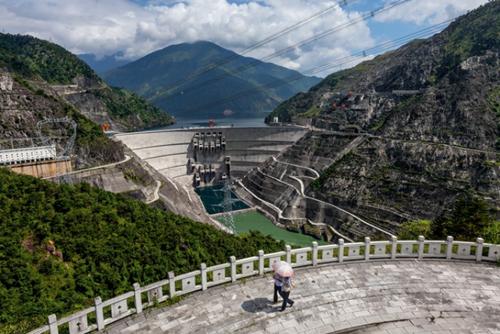 Đập Xiaowan ở tỉnh Vân Nam, một trong 8 đập Trung Quốc xây dựng trên sông Mekong. Ảnh: National Geographic.