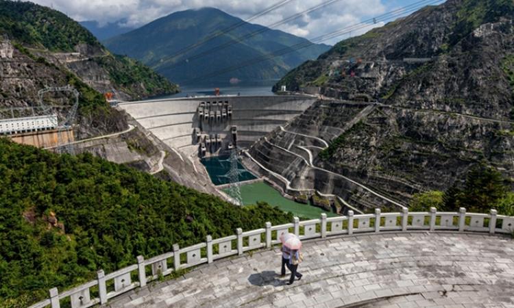 8 đập Trung Quốc có thể là nguyên nhân nước sông Mekong thấp kỷ lục
