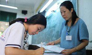 Hàng loạt đại học lấy điểm sàn xét tuyển 12-13