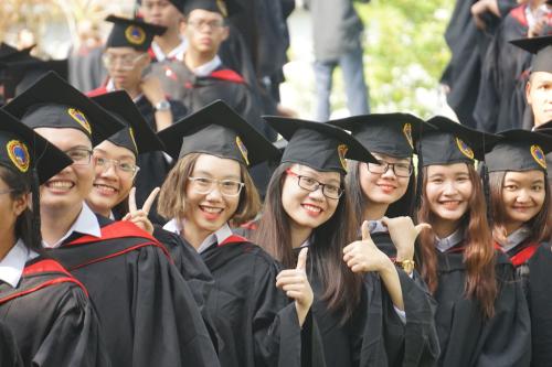 SIU cung cấp cho sinh viên nền giáo dục đại học hàng đầu của Mỹ.