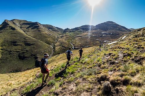 Vương quốc trên trời là địa điểm lý tưởng để leo núi. Ảnh: South African Skyrunning Association