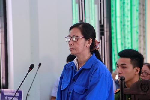 Bị cáo Nguyễn Thị Thanh Hoa tại phiên tòa. Ảnh: Võ Thạnh