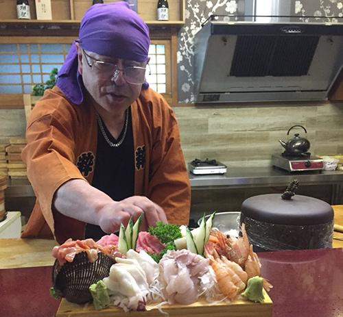 Suất sashimi do ông Fujimoto chế biến để phục vụ đại sứ Anhtại nhà hàng riêng ở Bình Nhưỡng. Ảnh: Twitter