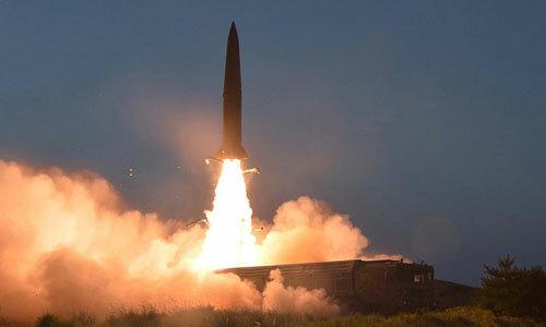 Một tên lửa của Triều Tiên được phóng hôm 25/7. Ảnh: KCNA.