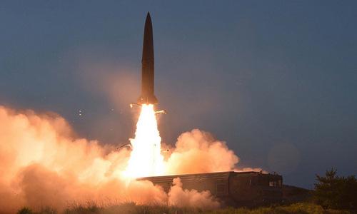Tên lửa Triều Tiên rời bệ phóng sáng 25/7. Ảnh: KCNA.