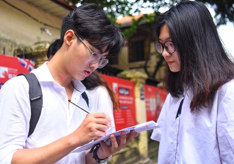 Thí sinh thi THPT quốc gia 2019. Ảnh: Quỳnh Trần