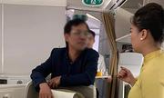 Nam hành khách bị tố cáo có hành vi sàm sỡ cô gái trên máy bay
